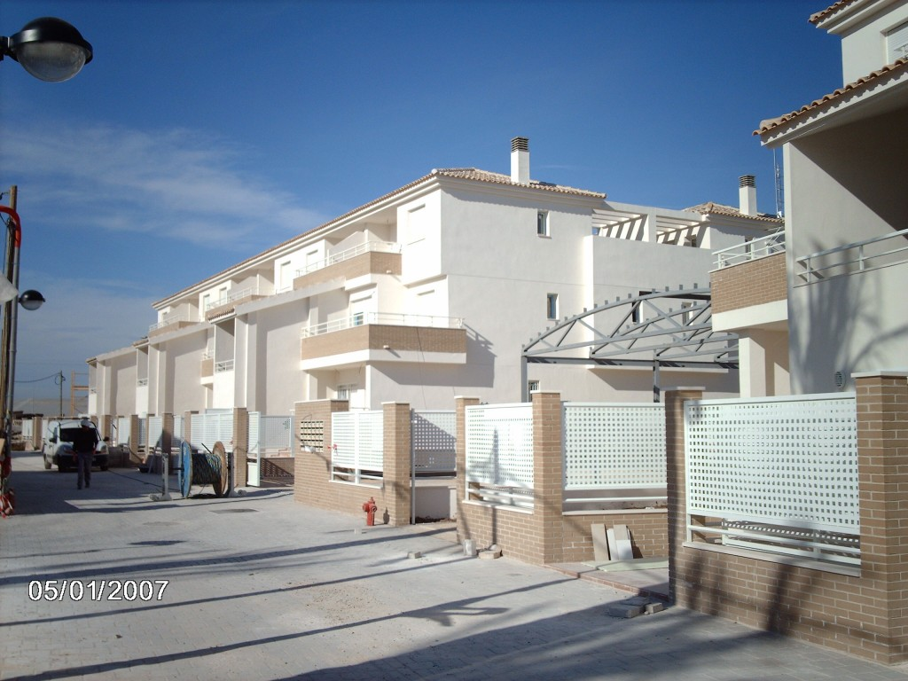 Block of 98 duplex housings in Torre Pacheco Image